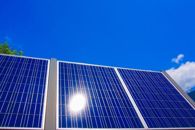 売電用太陽光発電設備の固定資産税 申告漏れ対策で自治体が経産局に情報提供を要請